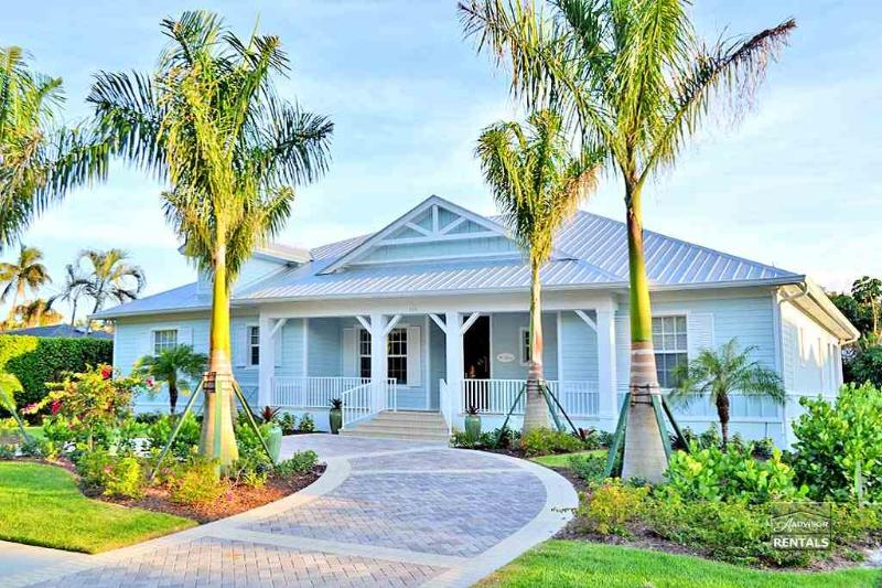 Beach and pool await you at this brand new Olde Naples home - Image 1 - Naples - rentals