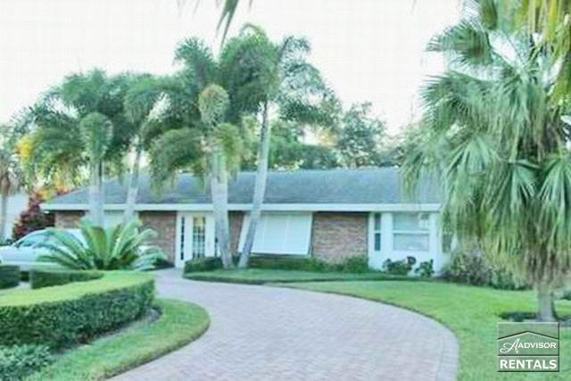 Bright and spacious redone mid-century home just 3 blocks from the beach in Aqualane Shores - Image 1 - Naples - rentals