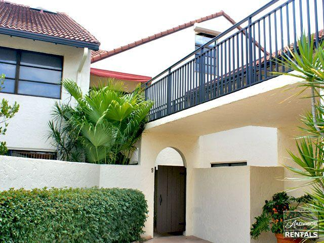 Spacious 1st floor condo in Park Shore feels like a villa just a short walk to the beach - 60 day minimum - Image 1 - Naples - rentals