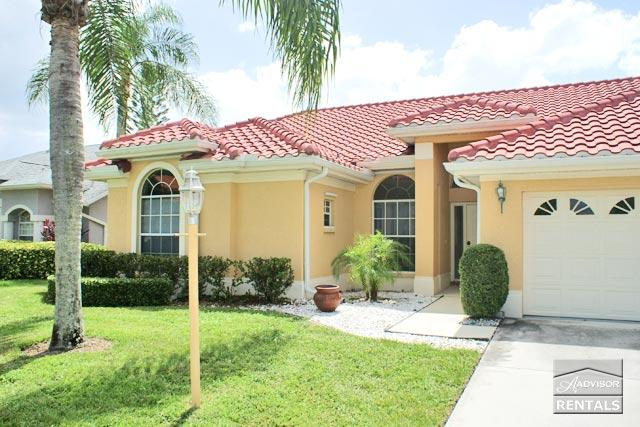 Lakefront home with pool in Crown Pointe 10 minutes from beach! - Image 1 - Naples - rentals