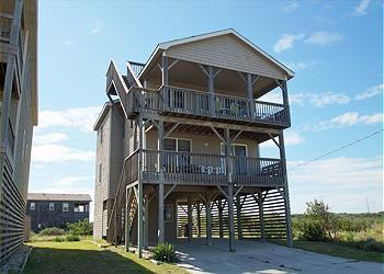 KD906- BEACH PAUSE; RIGHT ACROSS FROM THE BEACH! - Image 1 - Kill Devil Hills - rentals
