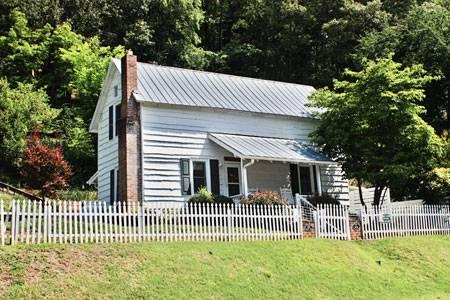 The Reed House - Image 1 - Dillsboro - rentals