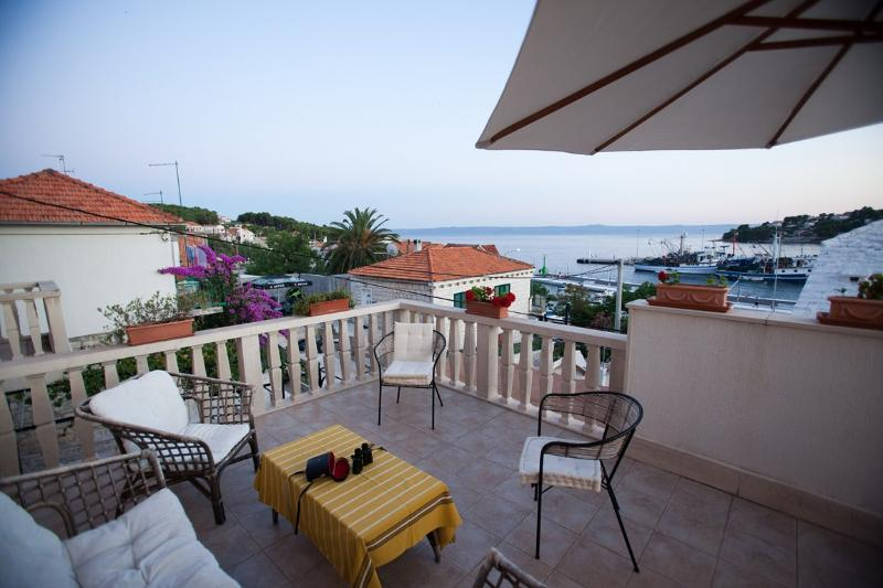 Holiday villa for rent, Sumartin, Brac - Image 1 - Sumartin - rentals