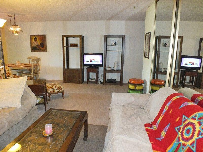 Living Room with Flat Screen TV - Palm Canyon Villas - B-11 - Cathedral City - rentals
