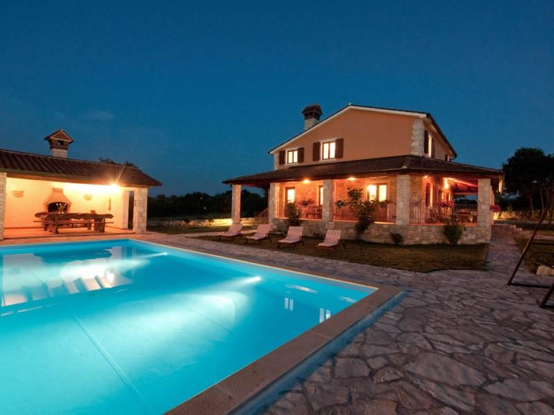 Holiday villa with pool in Rabac, for rent - HOLIDAY VILLA IN RABAC, ISTRIA  with pool - Rabac - rentals