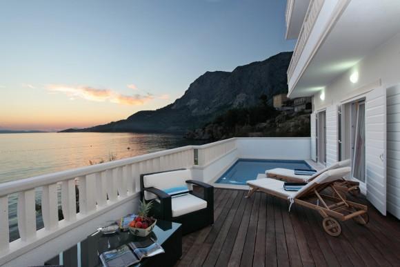 Seaside holiday villa with pool, Makarska riviera - Image 1 - Makarska - rentals