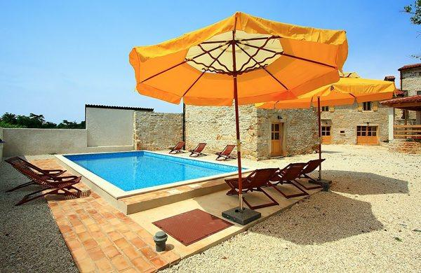 Holiday villa with pool for rent, Barban, Istria - ATTRACTIVE HOLIDAY VILLA - Barban - rentals