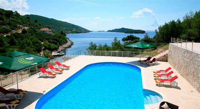 Exquisite beach front villa for rent, Vela Luka, Korcula - EXQUISITE BEACH FRONT HOLIDAY VILLA WITH POOL - Blato - rentals