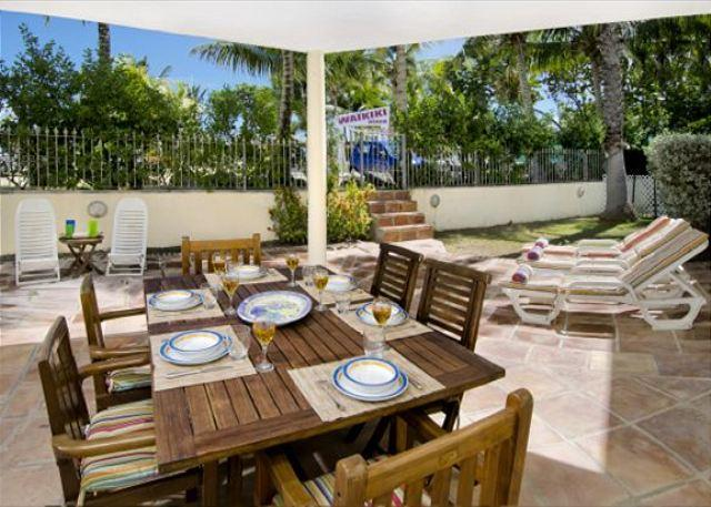 Outside wooden table to seat 8 - Matisse1: 3 bedr beachfront villa with spectacular view | Island Properties - Saint Martin-Sint Maarten - rentals
