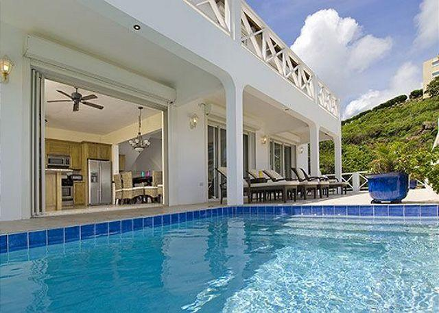 Private pool - Luxury villa with view of St Barth, sunrises over Dawn Beach and swimmingpool - Saint Martin-Sint Maarten - rentals