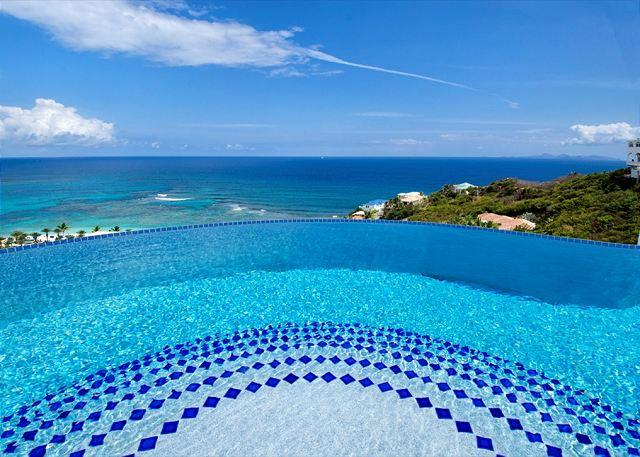 Swimming pool with ocean view - A lovely 3 Bedroom villa with Amazing Views | Island Properties - Saint Martin-Sint Maarten - rentals