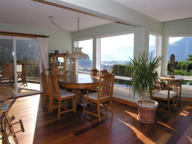 Amazing 3 Bedroom Squamish Home Offering Spectacular Views of Howe Sound - Image 1 - Squamish - rentals