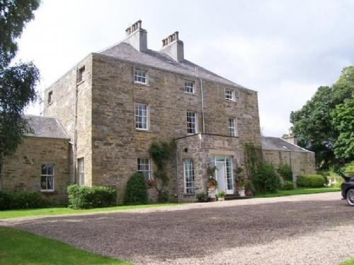 DUNFALLANDY HOUSE, Pitlochry, Perthshire, Scotland - Image 1 - Pitlochry - rentals