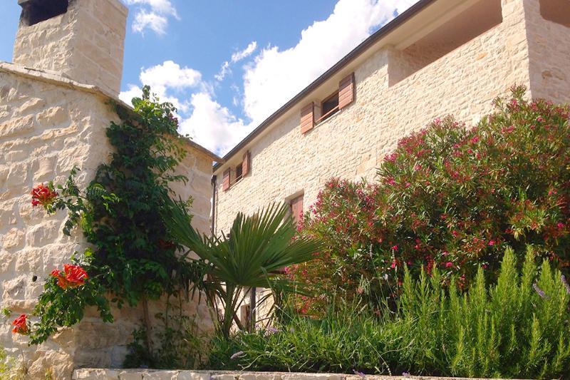 "Seaside Istrian Rural Stone Villa ""Besida"" - Image 1 - Pula - rentals"