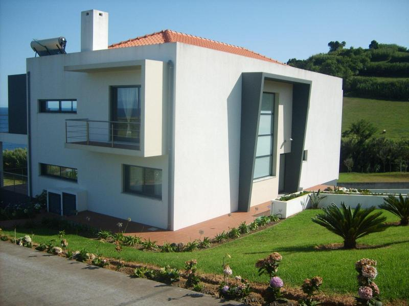 Left side view - Faial, Azores, Beachfront, Vacation Home for Rent - Horta - rentals