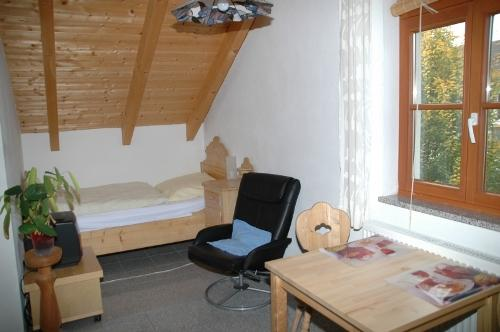 Dining Room (1) - Vacation Apartment in Dachau - 215 sqft, modern, peaceful, comfortable (# 3506) - Eisenhofen - rentals