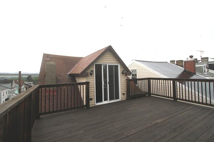 Large Outdoor Deck! - Roomy Apt.-rent as a 1 or 2 BR + Den - Pittsburgh - rentals