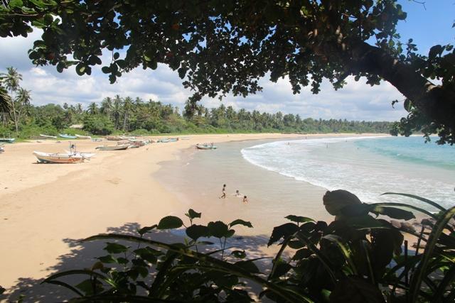 Stunning beach and beautiful views. - Talalla Bay Beach House - Talalla - rentals