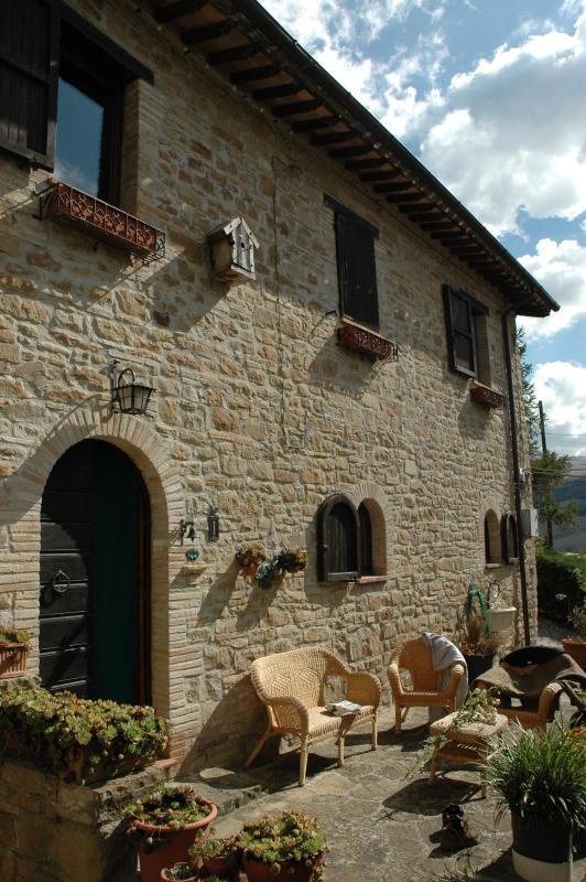 Antique hayloft -National Park Monti Sibillini - Image 1 - Pievebovigliana - rentals