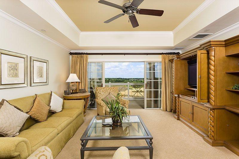 Bright open living area - Centre Court Golf Views - Reunion - rentals