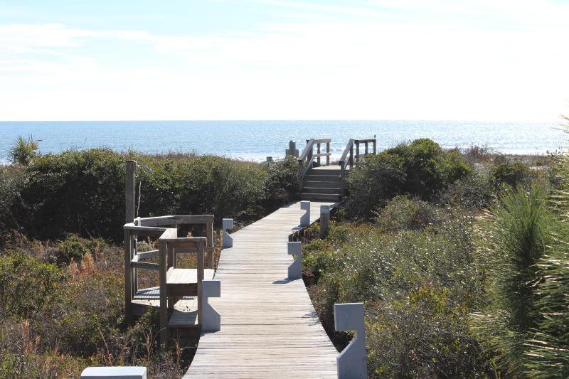 Welcome to Kiawah - Spectacular Oceanfront 2 Bedroom Shipwatch Villa - Kiawah Island - rentals