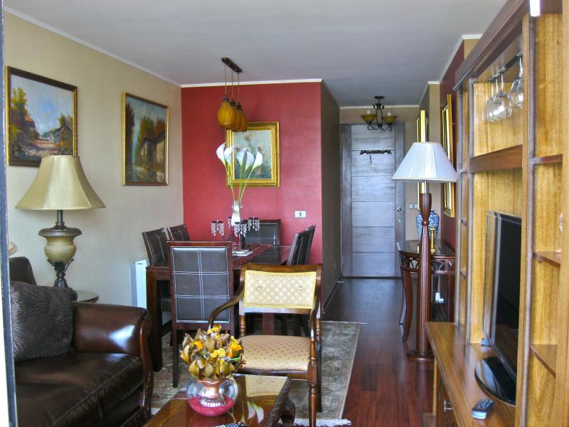 Dining Room and Living Room. - Riverview 2BD/2BA. FineArts,Park & 2 cell phones! - Santiago - rentals