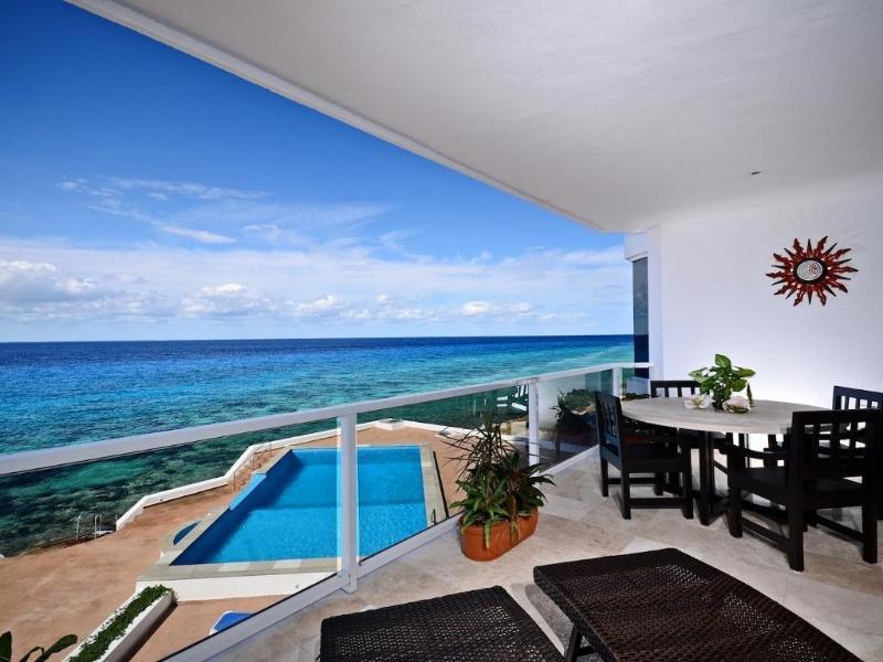 Gorgeous 3000 Sq. Ft. Oceanfront 3 Bedroom Condo!! - Image 1 - Cozumel - rentals