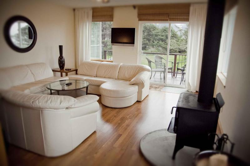Living Room #1 - Modern Ocean View Home Only Steps to the Beach! - Yachats - rentals