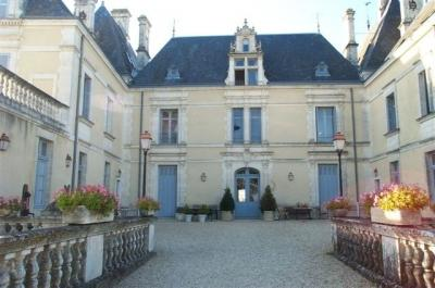Chateau des Forges on wonderful golf resort - Image 1 - Vasles - rentals