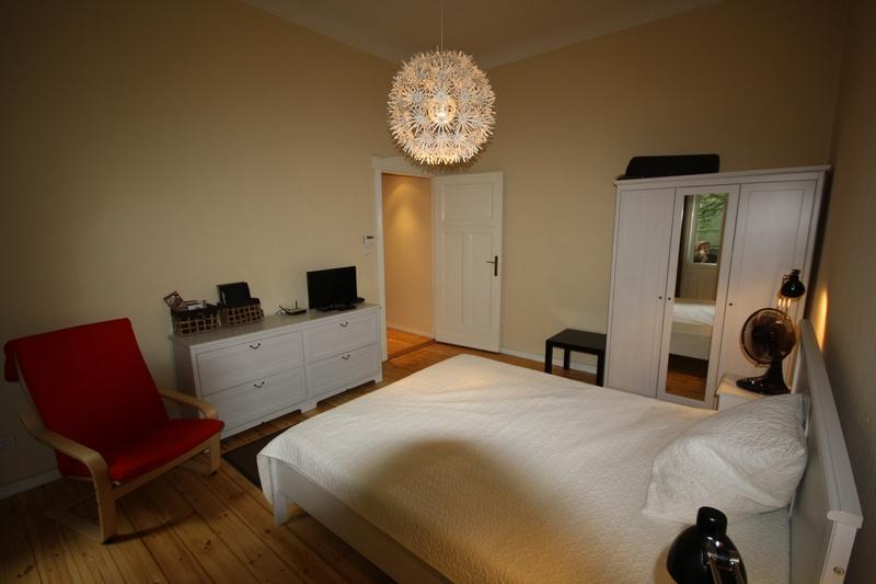 master Bedroom - Charming 2 Bedroom - Berlin Messe apartment - Berlin - rentals