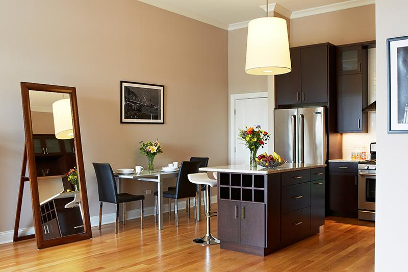 Chicago vacation rental - Save on Luxurious 2 Bd/2 Ba Condo - Chicago - rentals