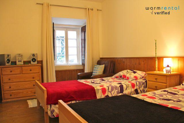 Twin Room  - Red Mustard Apartment - Lisbon - rentals