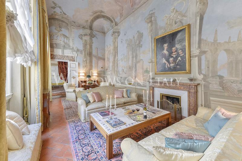 Prestigious 4 Bedroom Apartment at Maggio Palace - Image 1 - Florence - rentals