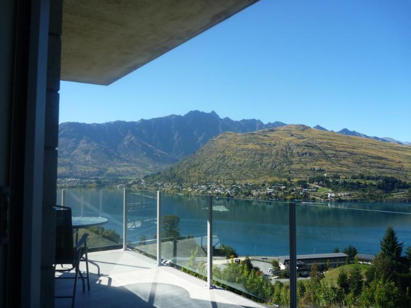 Views - Goldrush Glory Holiday Home #2 - Queenstown NZ - Queenstown - rentals
