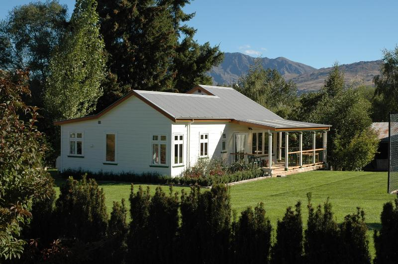 Willowbrook Cottage - Willowbrook Cottage below Coronet Peak - Arrowtown - rentals