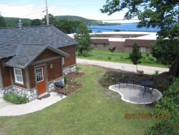 Harbor Cottage,Lake Superior View, in town, Pictured Rocks! - Image 1 - Munising - rentals