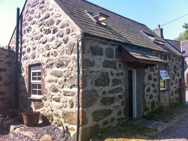 Y GEGIN FOCH, pet friendly, character cottage, woodburner, garden, in Llanaelhaearn near Nefyn, Ref 20329 - Image 1 - Nefyn - rentals