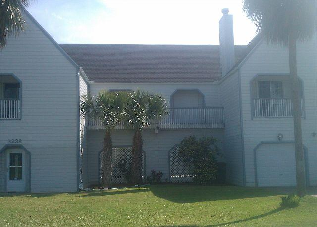 The Lighthouse - Canalfront, boat dock w/ slip, WiFi, great water views and fishing - Galveston - rentals