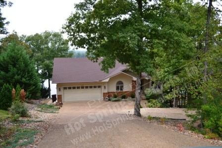 37SaldWy | Lake Balboa| Home | Sleeps 8 - Image 1 - Hot Springs Village - rentals