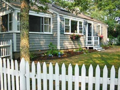4 Bedroom Cottage - 8 Wharf Ave - 8 and 10 Wharf Ave - New Seabury - rentals