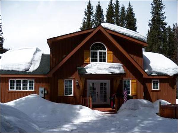 Located Just Minutes from the Slopes - Nestled within the National Forest - Pet Friendly Property (13360) - Breckenridge - rentals