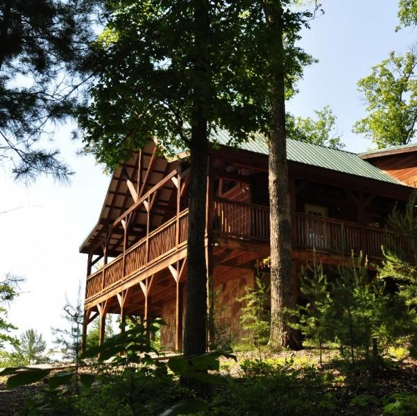 Cabin Side View - MOUNTAIN BREEZE - Sevierville - rentals