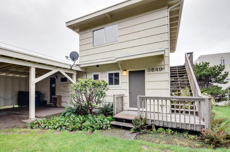 Leeside by the Seaside - Image 1 - Lincoln City - rentals