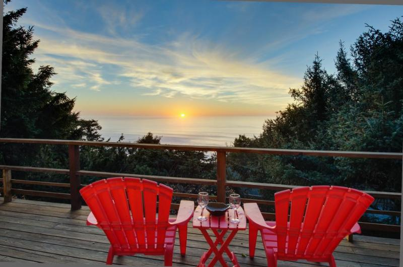 Private hot tub and beautiful views await at this dog-friendly home! - Image 1 - Lincoln City - rentals