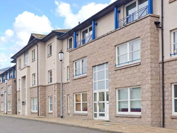 INVERNESS ON THE RIVER, city centre location, river views, off road parking, in Inverness, Ref 22879 - Image 1 - Inverness - rentals