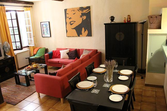 Sitting and Dining area - Heart of Old Nice. A 2 Bed Family Owned Apartment. - Nice - rentals