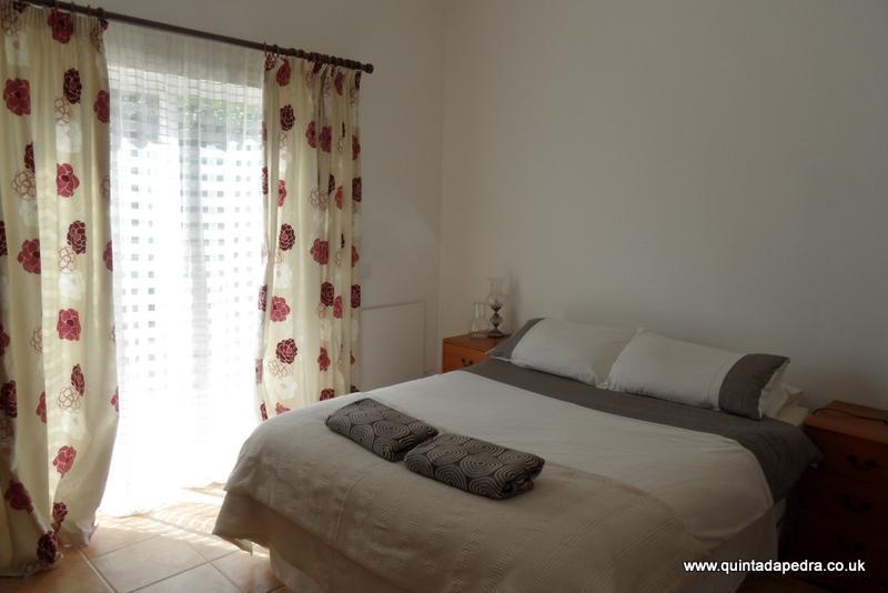 Shaded bedroom - Quinta da Pedra Farmhouse B&B - Vila do Bispo - rentals