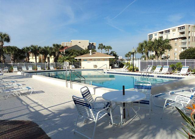 Dolphin Point Pool - Outstanding Destin Harbor Rental on Holiday Isle - Destin - rentals