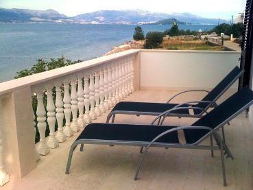 Seafront villa on the Ciovo island - Image 1 - Trogir - rentals