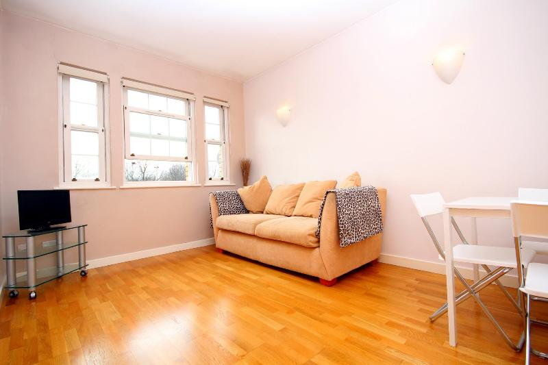 Vacation Rental in London on the River - Image 1 - London - rentals